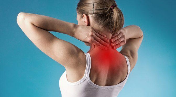 Причины возникновения шишки на шее в области позвоночника и способы ее лечения